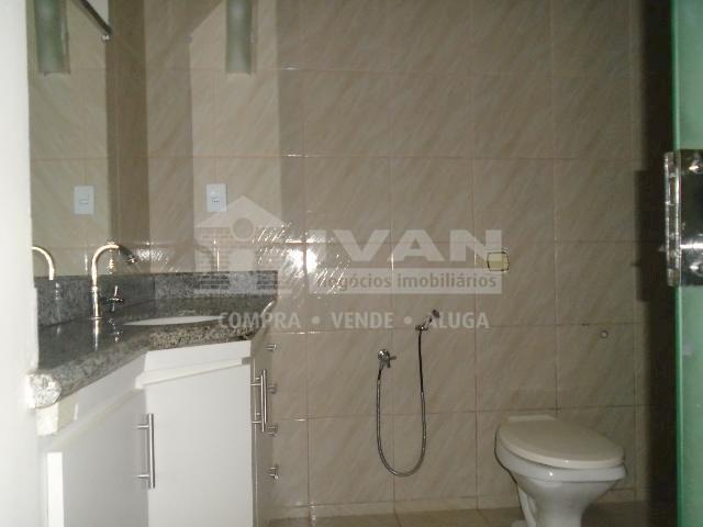 Casa para alugar com 3 dormitórios em Tocantins, Uberlândia cod:300403 - Foto 7