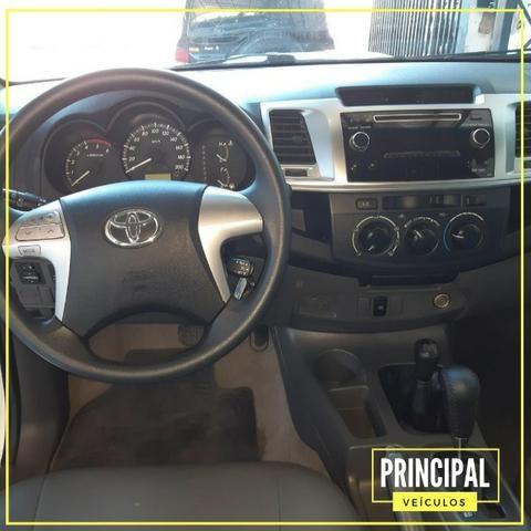 Toyota Hilux CD SR 4X4 2014 Automatica - Foto 4