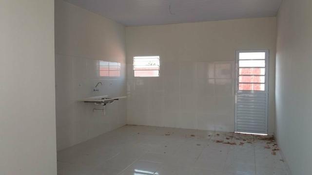 Alugo casa de 3 quartos sendo uma suite. - Foto 3