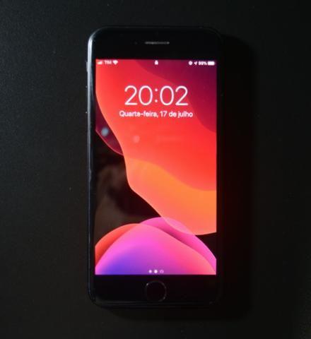 IPhone 7 32gb + Apple Watch Series 4 40mm