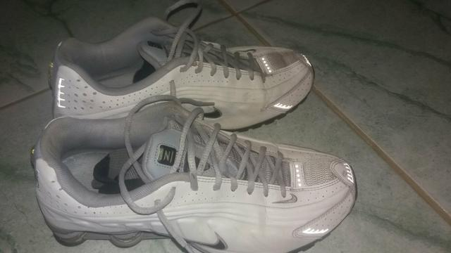 another chance huge inventory special section Nike shox R4, bota masculina .os dois 41/42