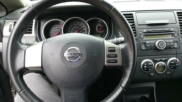 Nissan Tiida SL 1.8 2013 - Foto 4