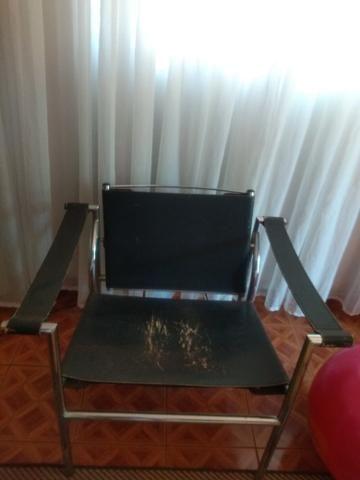 Vendo cadeira de couro
