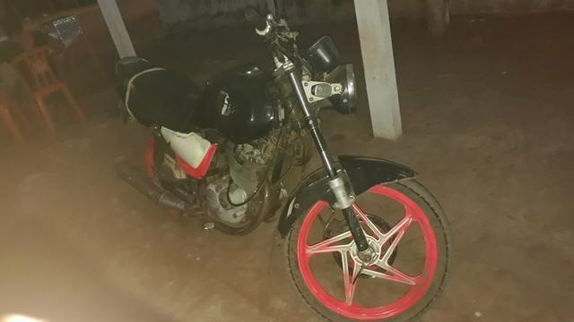 Vendo essa moto