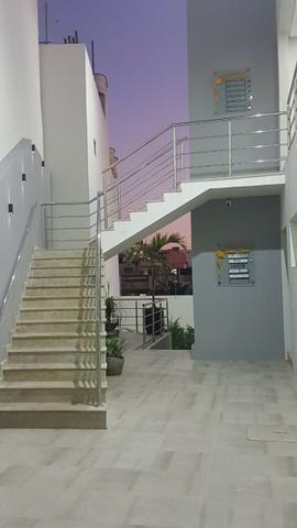 Alugo salas comerciais com ótima localização em Caruaru - com estacionamento - Foto 16