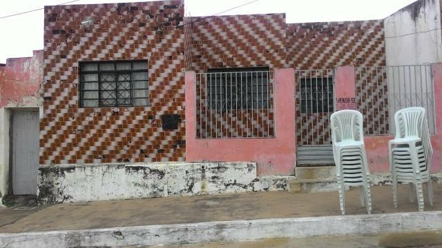 Vendo casa frente a igreja Matriz (Poranga -Ce)