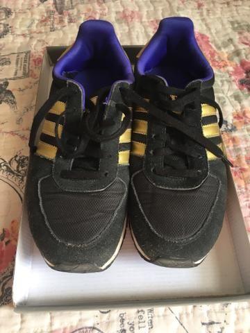 Tênis adidas Preto Com Dourado Tamanho 36 - Roupas e calçados ... 4d7a1ef70632d