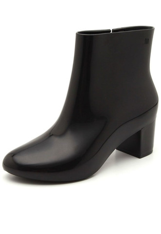melissa ankle boot all black