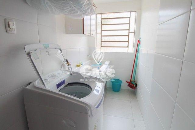 Casa de esquina para Venda, Bairro Camobi, 4 dormitórios. - Foto 9