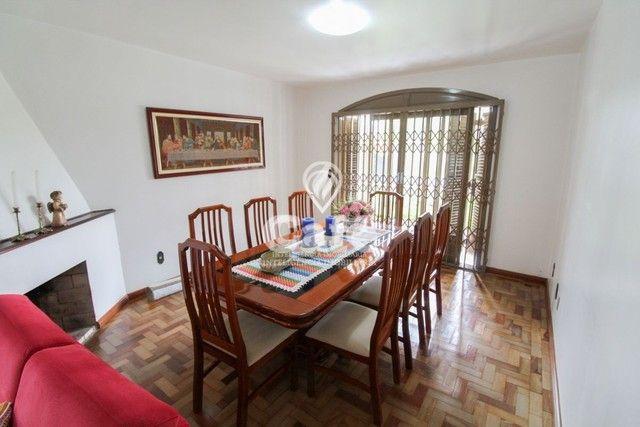 Casa de esquina para Venda, Bairro Camobi, 4 dormitórios. - Foto 19