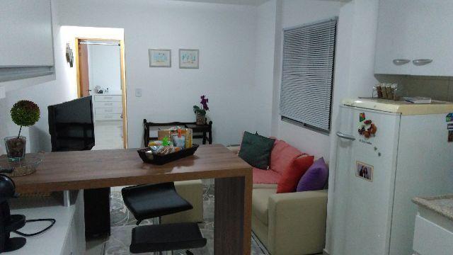 Apartamento funcional localizado entre os bairros da Liberdade e Aclimação