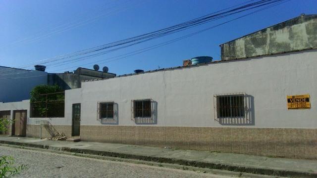 Casa em Pelotas, Fragata. 2 quartos, 2 garagens