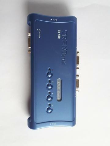 Kit chaveador Kvm TK-409K - USB 4 portas com áudio - Foto 2