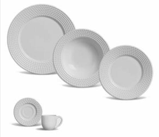 Jogo de Jantar em Porcelana Branca Novo