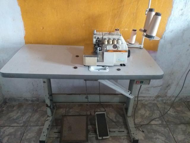 Maquinas de costura Reta é overlok ponto cadeia - Foto 5