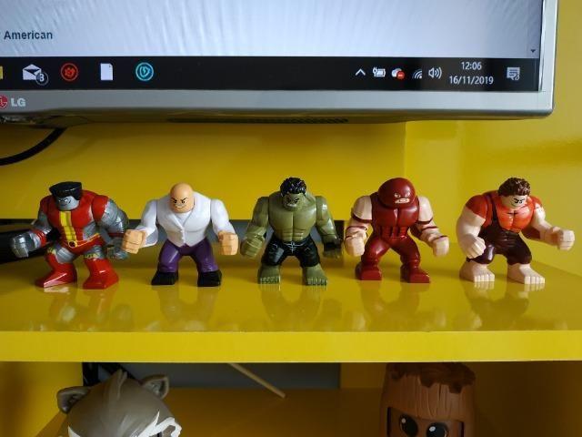 Vendo personagens tipo Lego (similar)