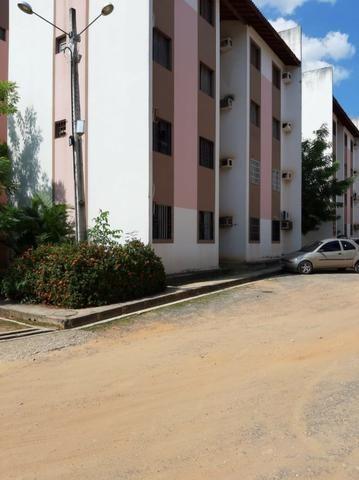 Apartamento reformado, financiável, próximo a Novafapi. 02 quartos, 50 m²