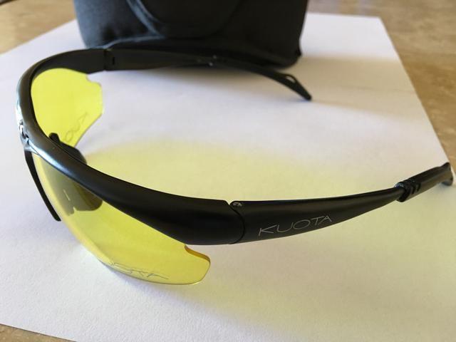 Óculos para bike com 5 pares de lentes e estojo - Ciclismo - Vila ... 872989b70f