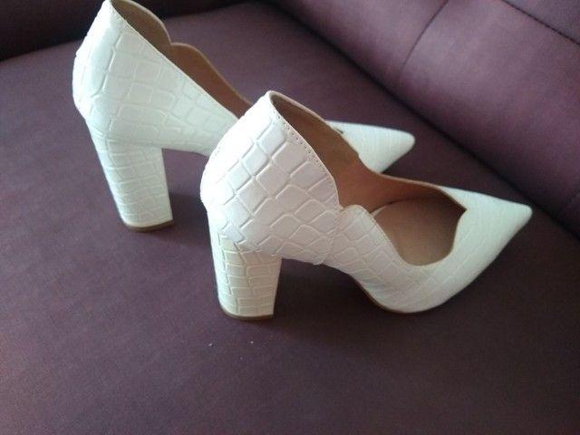 Sapato branco novo - Foto 3