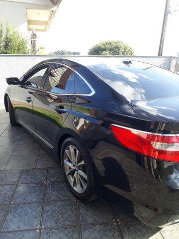 Venda de um automóvel Hyundai azera preto. - Foto 6