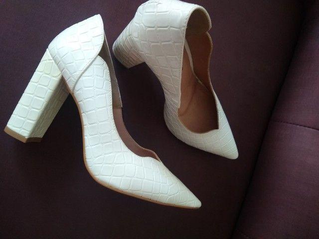 Sapato branco novo - Foto 4