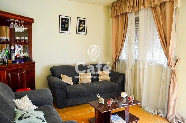 Ótima Casa com 4 dormitórios e Piscina. - Foto 4
