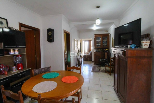 Casa à venda com 3 dormitórios 3 banheiros 2 vagas de garagem e amplo pátio. - Foto 10