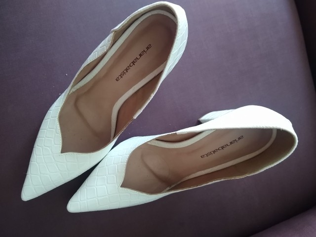 Sapato branco novo - Foto 2
