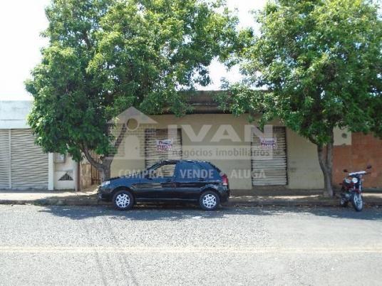 Casa para alugar com 2 dormitórios em Tibery, Uberlândia cod:594329