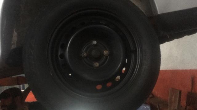 Troco rodas 15 de ferro por rodas 17 tenho volta $ - Foto 2