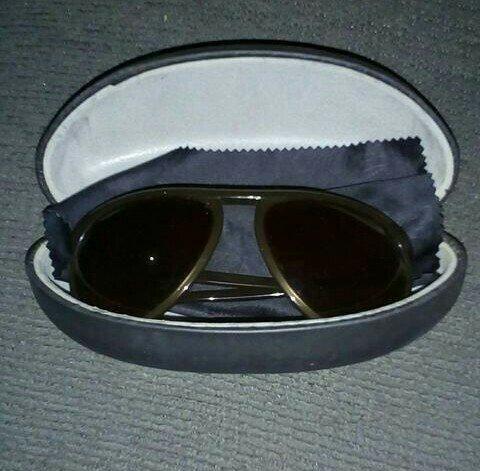 Antigo Óculos de Sol - Foto 2