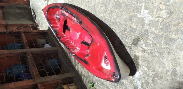 Caiaque duplo vermelho com um remo - Foto 5