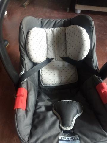 Cadeirinha Joy e Um Bebê Conforto - Foto 3