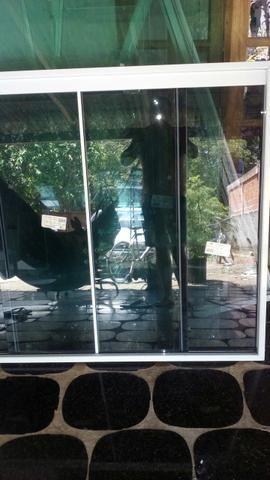 Box e janelas - Foto 2
