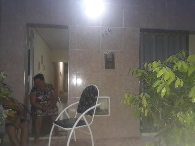 Casa vende ou troca - Foto 2