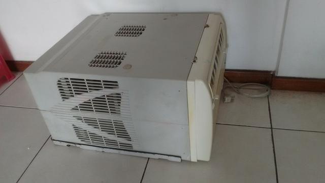 Ar condicionado 7500 BTUS 220v - Foto 2