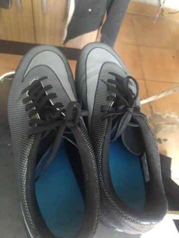 Chuteira Nike Suiço Bravata X II TF - Foto 2