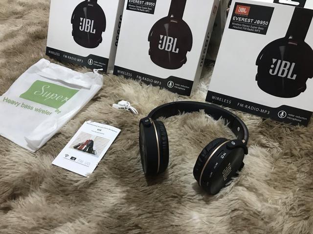 Chegou em promoção fone de ouvido Jbl, via Bluetooth, entrada para cartão super bass top - Foto 2