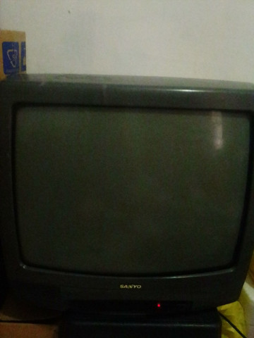 Tv Sanio Para Tirar Peças .Moro em Caruaru