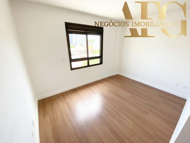 Apartamento à Venda no bairro Balneário em Florianópolis/SC - 3 Dormitórios, 2 Suítes, 3 B - Foto 9