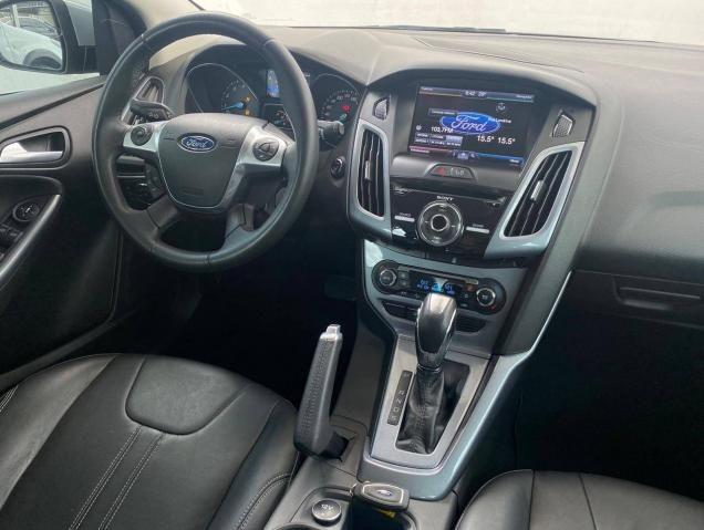 Ford Focus Hatch Titanium 2015 - Foto 11
