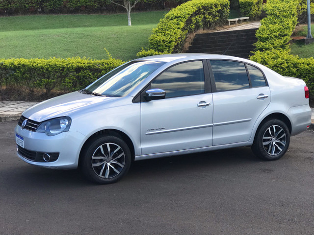 VW Polo Sedan ConfortLine I-Motion 1.6 8v - Foto 2