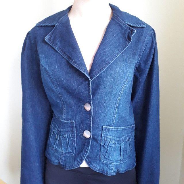 Jaquetas femininas estampada e jeans - Foto 3