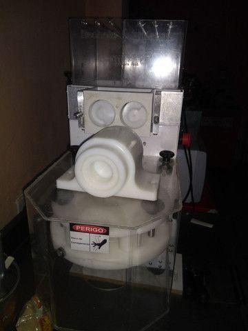 Máquina de fabricação de salgados - Foto 2