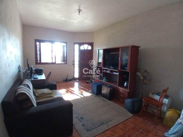 Ótima oportunidade, casa 3 dormitórios ampla garagem em bairro tranquilo! - Foto 2