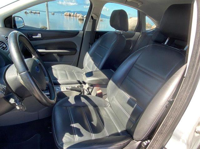 Ford Focus SE 2011 automático com 69000 KM - Foto 8