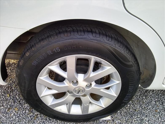 Nissan Versa 1.6 16vstart sv - Foto 16
