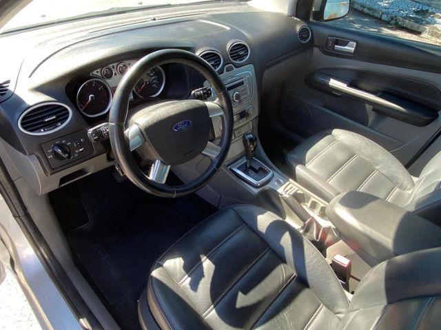 Ford Focus SE 2011 automático com 69000 KM - Foto 7