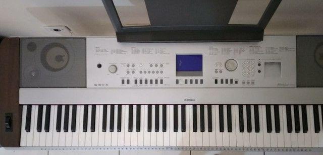 Piano Digital Yamaha DGX640 - Foto 2