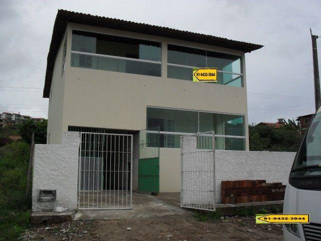 Prédio com 2 Casas em  Gravatá - PE Ref. 076